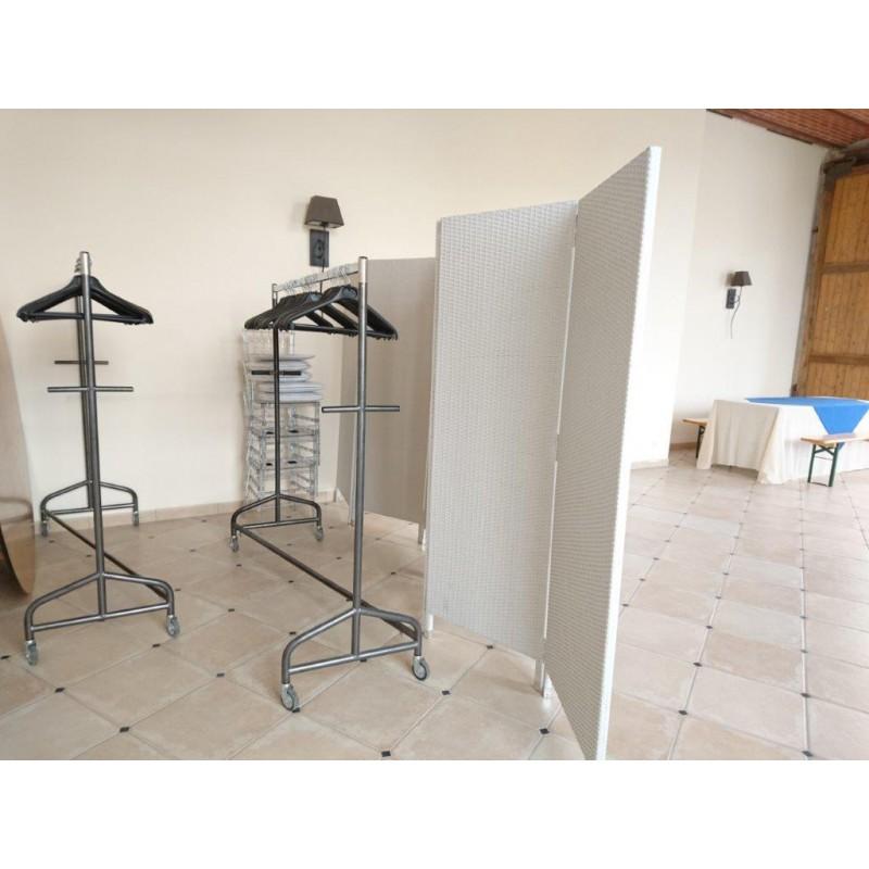 portant roulettes sabannes r ception. Black Bedroom Furniture Sets. Home Design Ideas